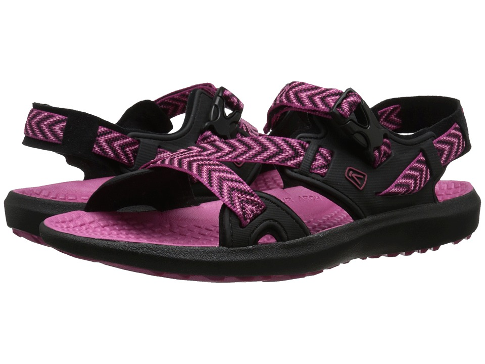 Keen - Maupin (Black/Very Berry) Women's Shoes