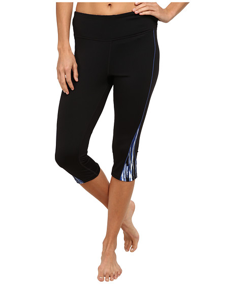 Fila - Motion Tight Capris (Black/Vertical Speed Print) Women