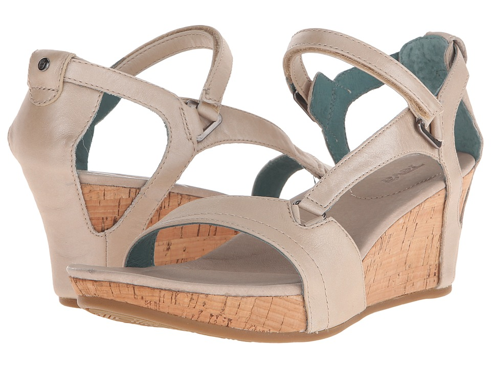 Teva Capri Wedge (Pearlized Ivory) Women