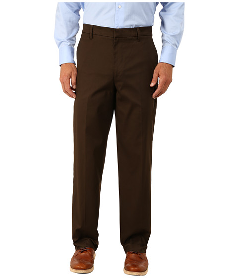 Dockers Men's - New Iron Free Khaki D3 Classic Fit Flat Front (Brown Oxide) Men's Casual Pants