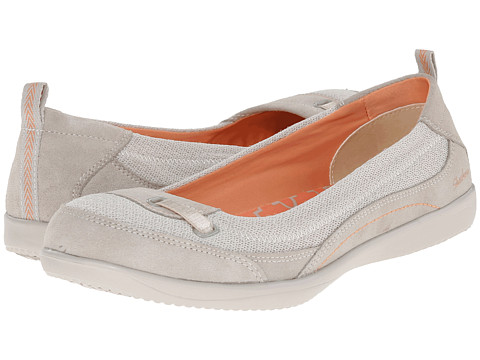 SKECHERS - Spectrum (Natural) Women's Slip on Shoes