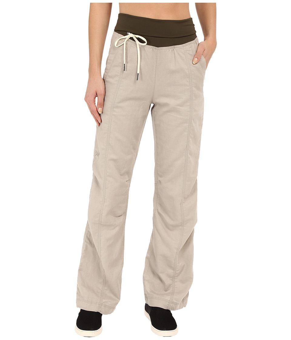 Arc'teryx - Roxen Pants (Bone) Women's Casual Pants