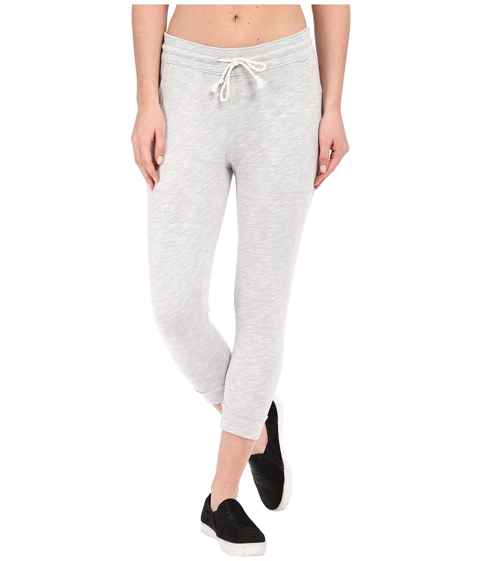 Columbia Wear It Everywheretm Capris (Cirrus Grey Heather) Women