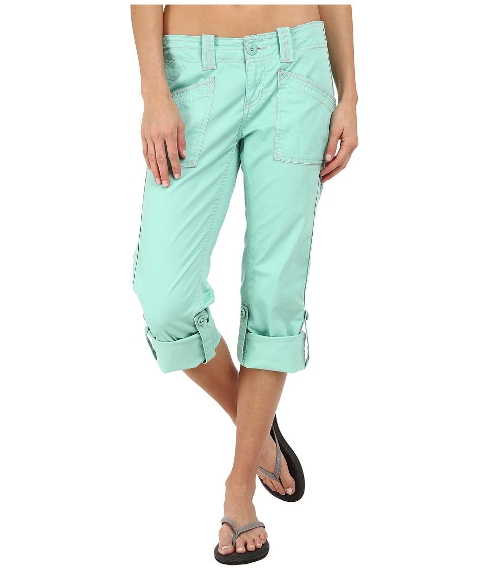 Aventura Clothing - Arden Standard Rise Capri (Holiday) Women's Capri