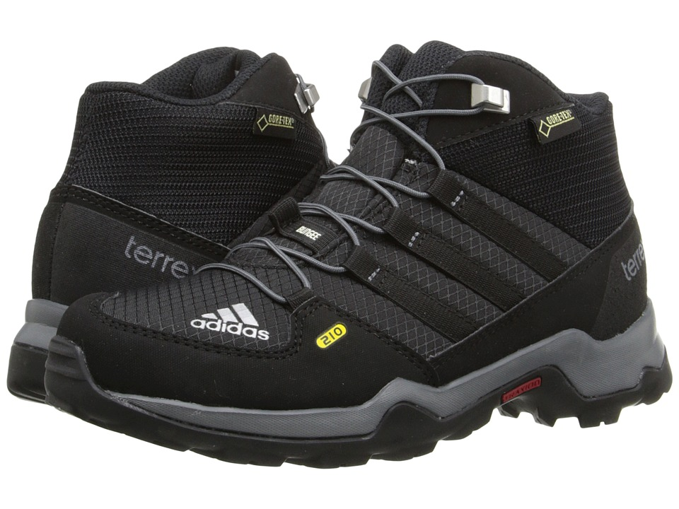 adidas Outdoor Kids - Terrex Mid GTX (Little Kid/Big Kid) (Black/Black/Vista Grey) Boys Shoes