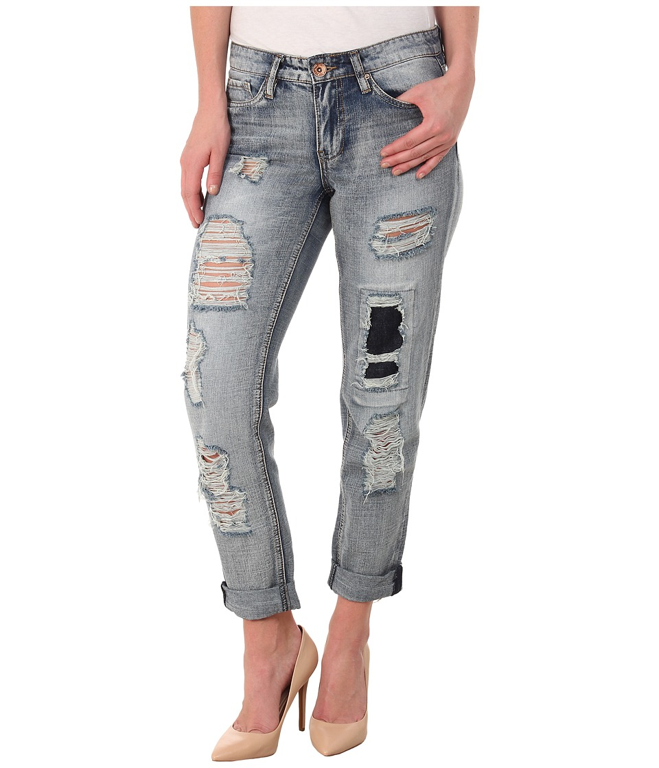 dollhouse - Wheatgrass Rigid Rip and Repair Capris Roller in Light Blue Wash (Light Blue Wash) Women's Jeans
