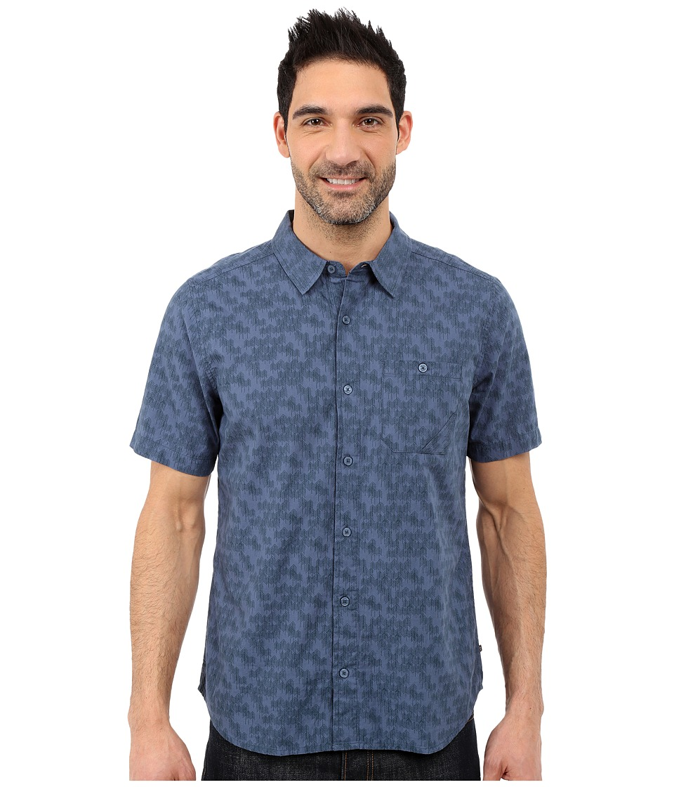 Toad&Co - Fletch Print Short Sleeve Shirt (Moody Blue Print) Men's Short Sleeve Button Up