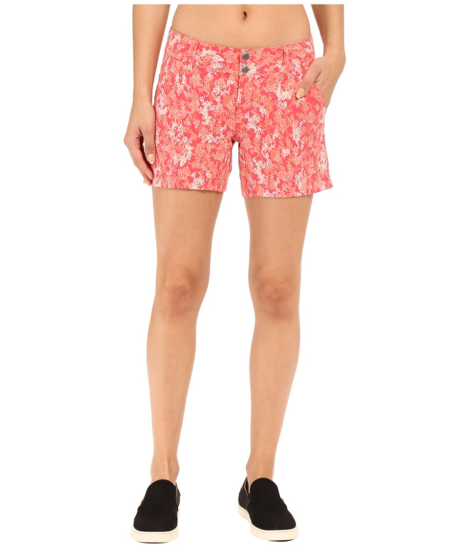 Columbia Saturday Trailtm Printed Short (Bright Geranium Cloudy Camo) Women