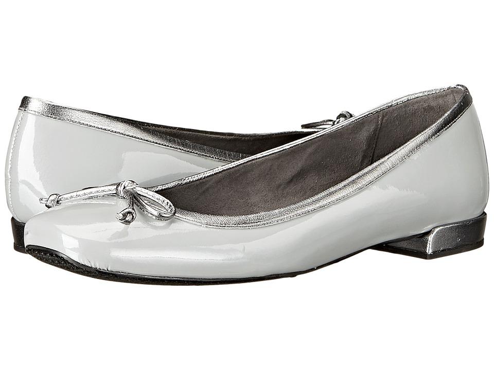 Stuart Weitzman - Shoestring (Silver Aniline) Women's Flat Shoes