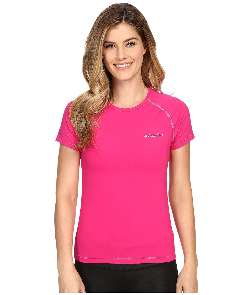 Columbia - Trail Flash Short Sleeve Shirt (Haute Pink/Beacon Stitch) Women's Short Sleeve Pullover