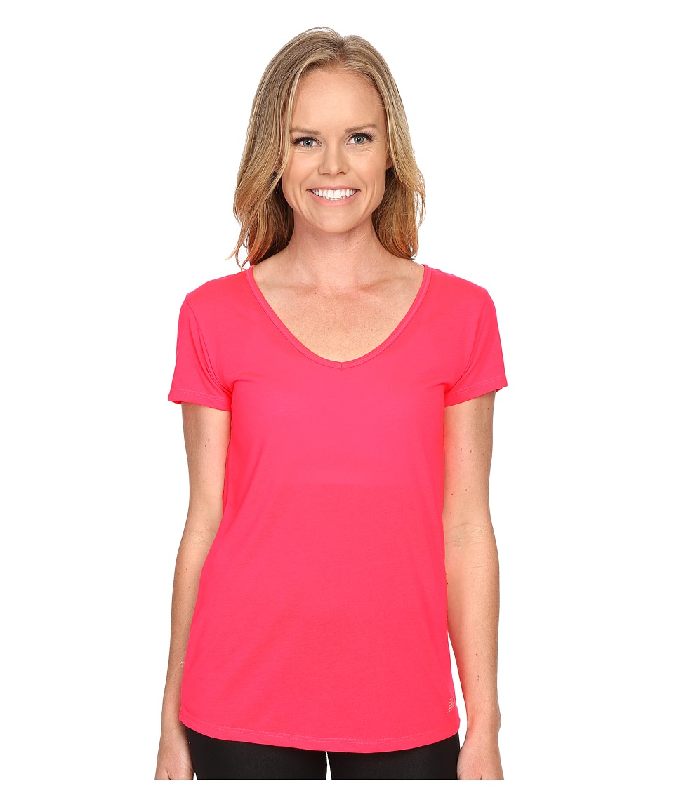 New Balance - SS Performance Top (Pink Zing) Women's Short Sleeve Pullover
