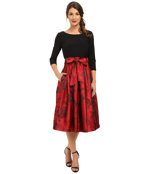Jessica Howard - One-Piece 3/4 Sleeve Inset Waist Dress with Pleated Skirt Tie Sash (Red/Black) Women