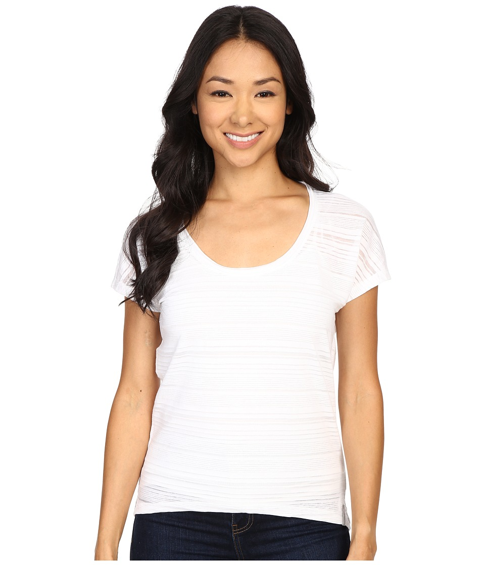Columbia - Inner Luminosity II Short Sleeve Shirt (White) Women's Short Sleeve Pullover