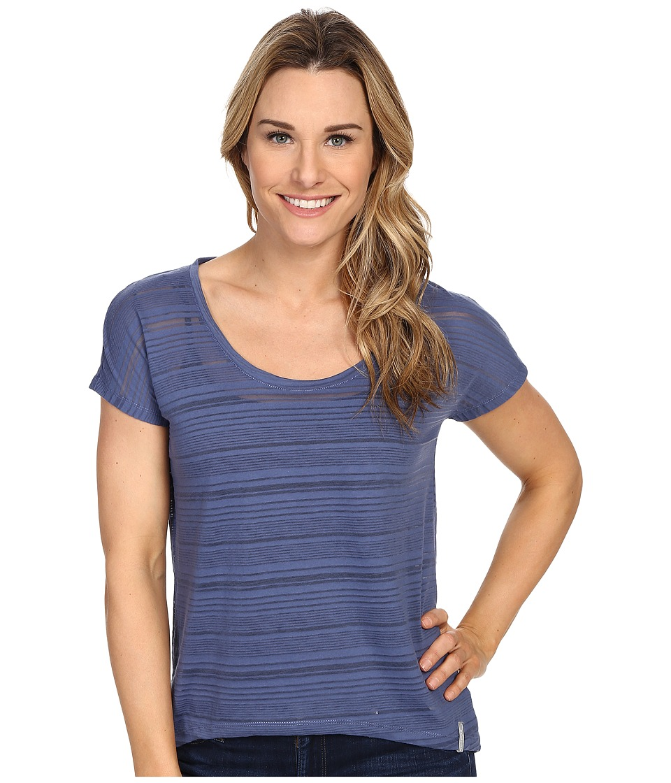 Columbia - Inner Luminosity II Short Sleeve Shirt (Bluebell) Women's Short Sleeve Pullover