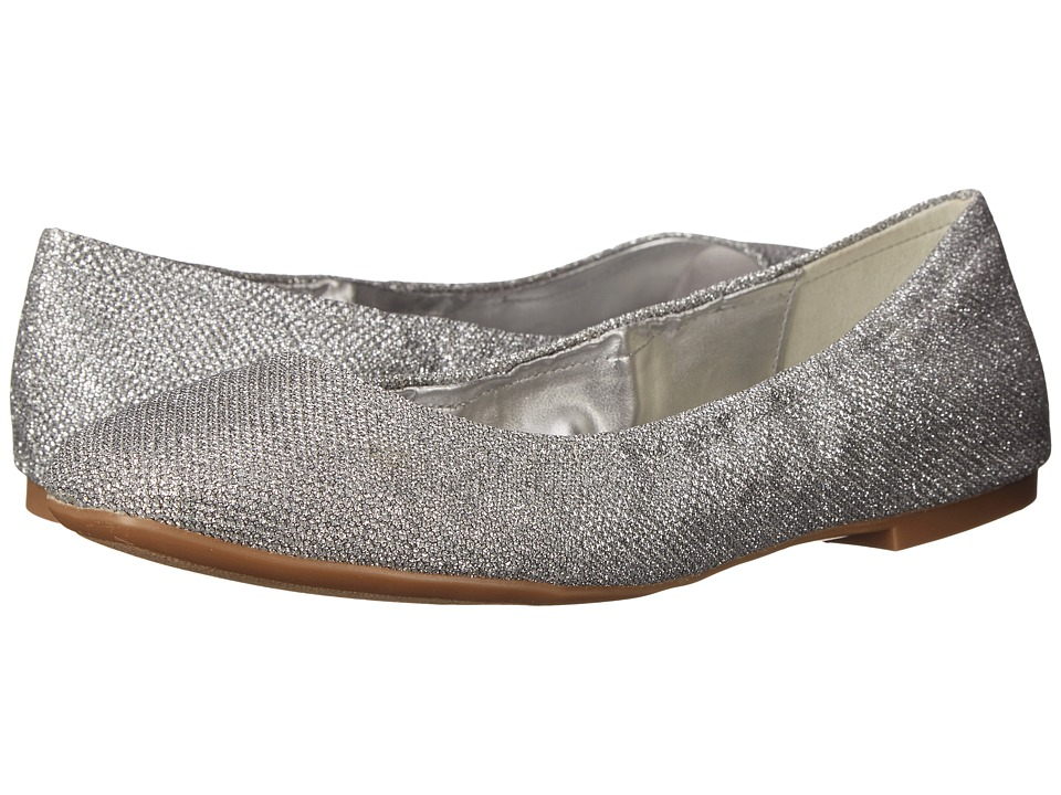 Nine West - Girlsnite (Silver Fabric) Women's Flat Shoes