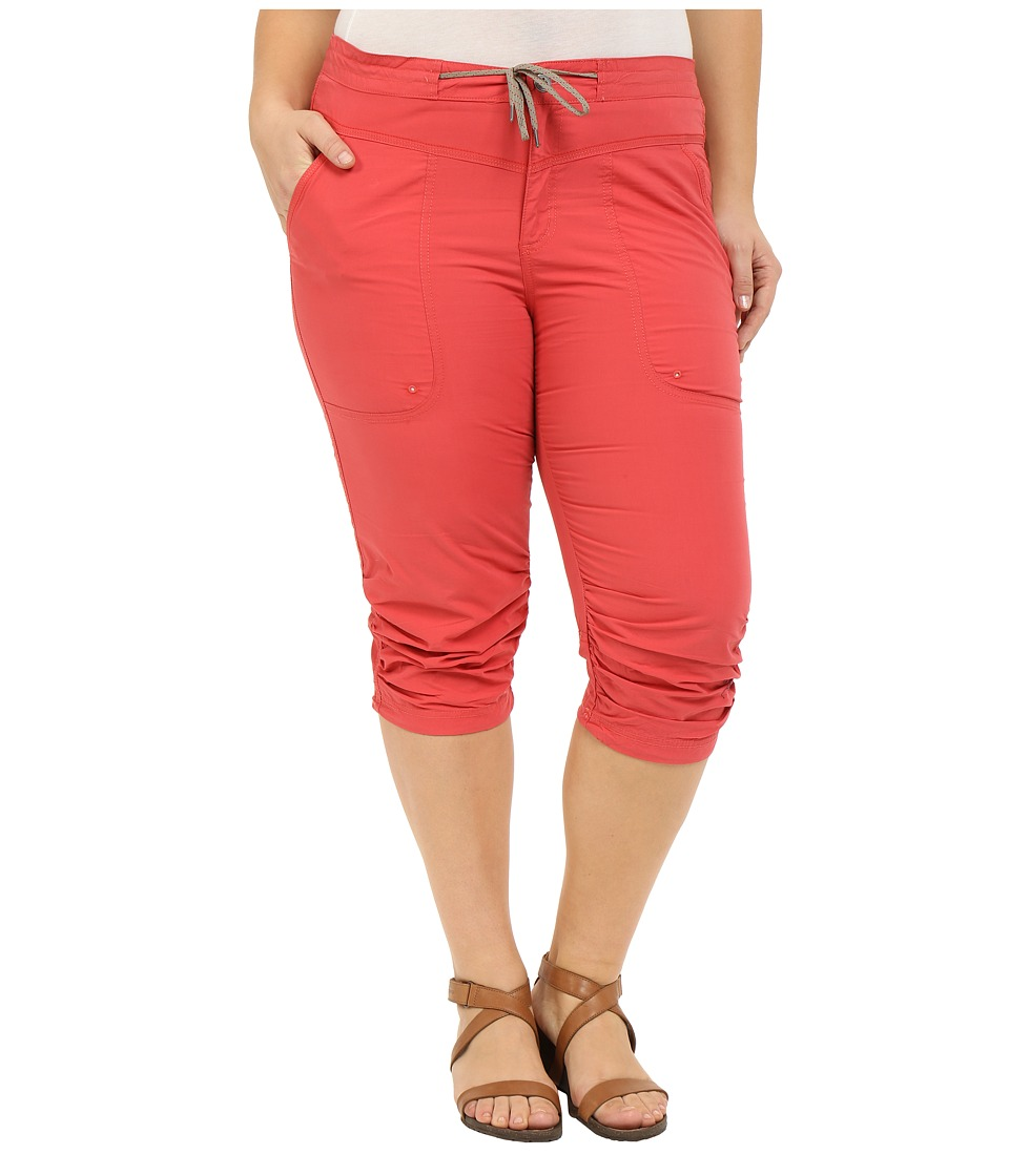 Columbia Plus Size Down the Pathtm Capri Pants (Sunset Red) Women