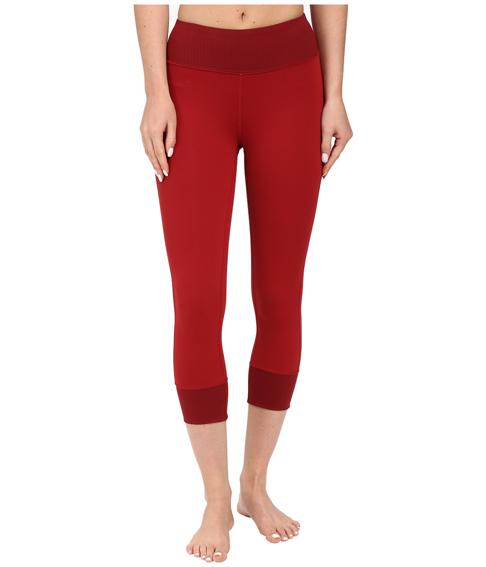 Black Diamond - Levitation Capris (Maroon) Women's Capri