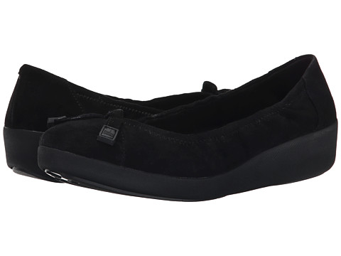 FitFlop - F-Pop Ballerina Suede (Black) Women