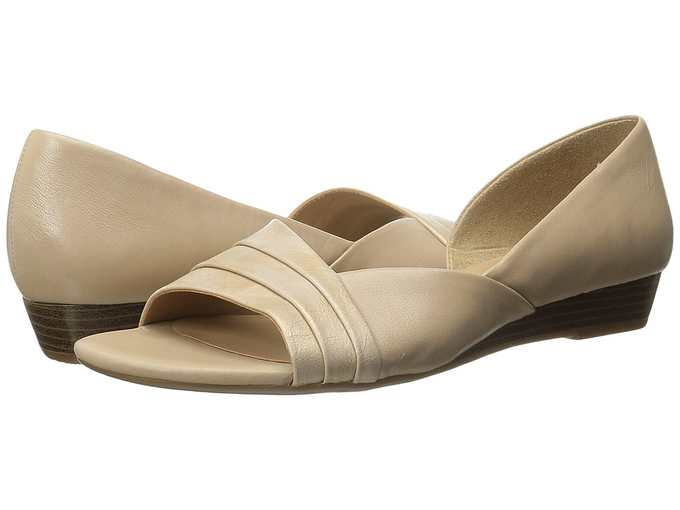 Naturalizer - Jenah (Tender Taupe Leather/Gold Metallic) Women's Wedge Shoes