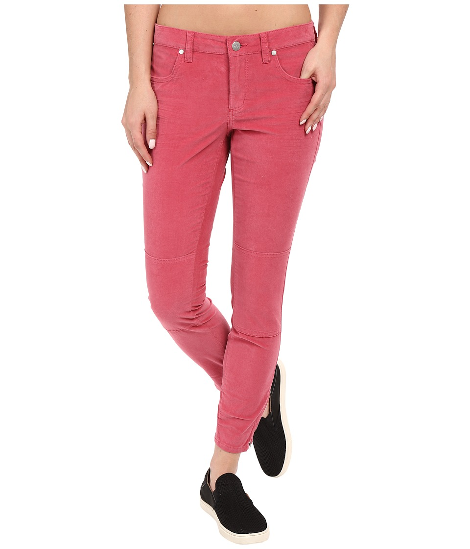 Carve Designs Willow Capris (Strawberry) Women