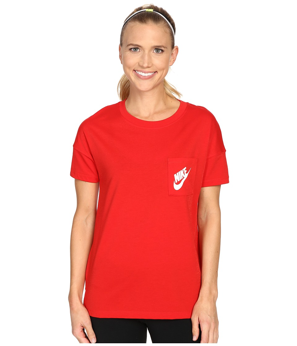 Nike - Signal Tee (University Red/White) Women's Short Sleeve Pullover