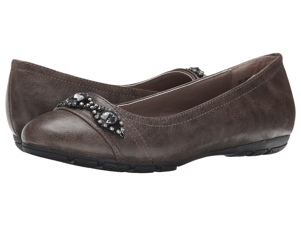 Rialto - Garner (Stone) Women's Shoes