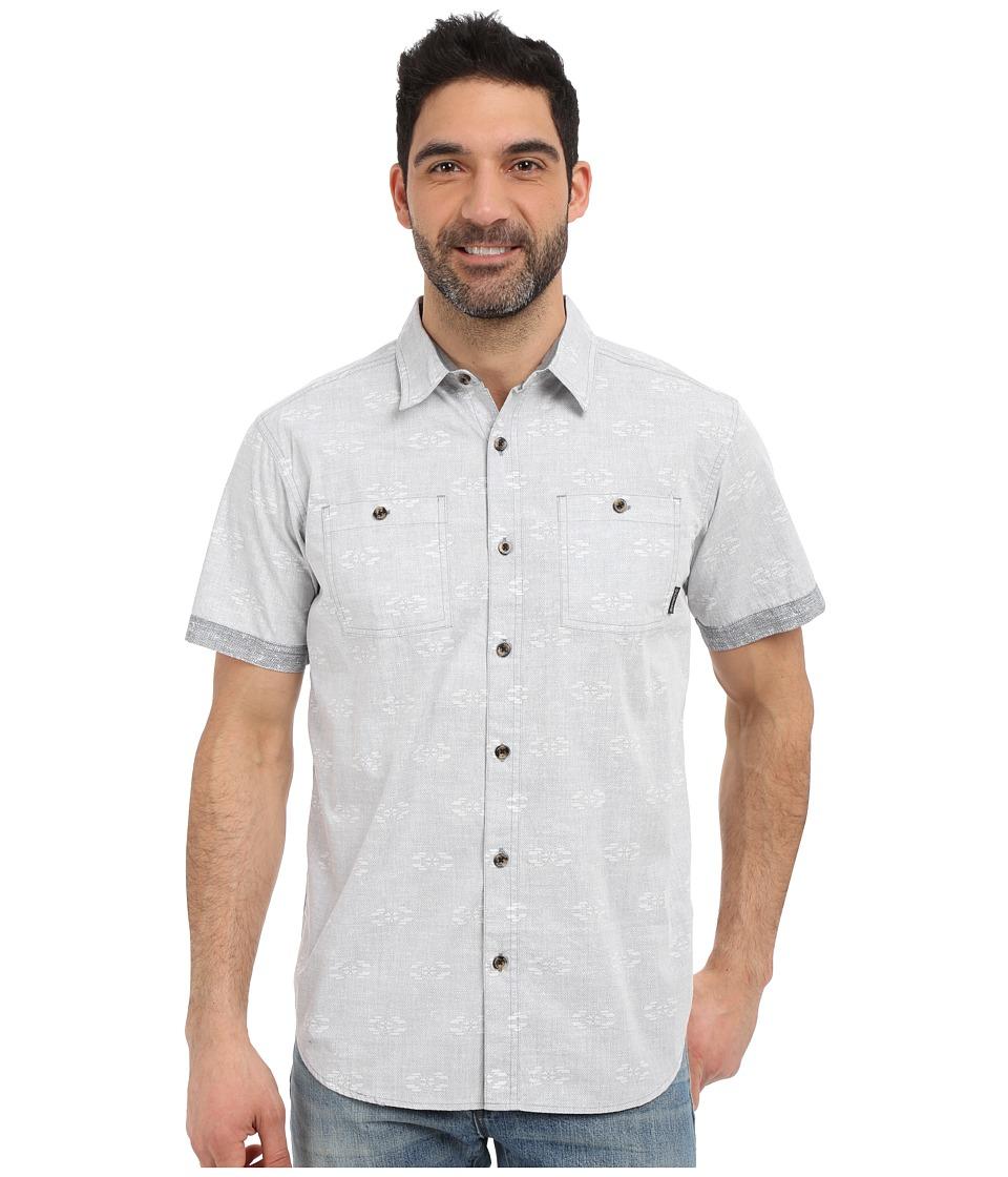 Columbia - Dyer Covetm Short Sleeve Shirt (Grey Ash Navajolka Print) Men's Short Sleeve Button Up