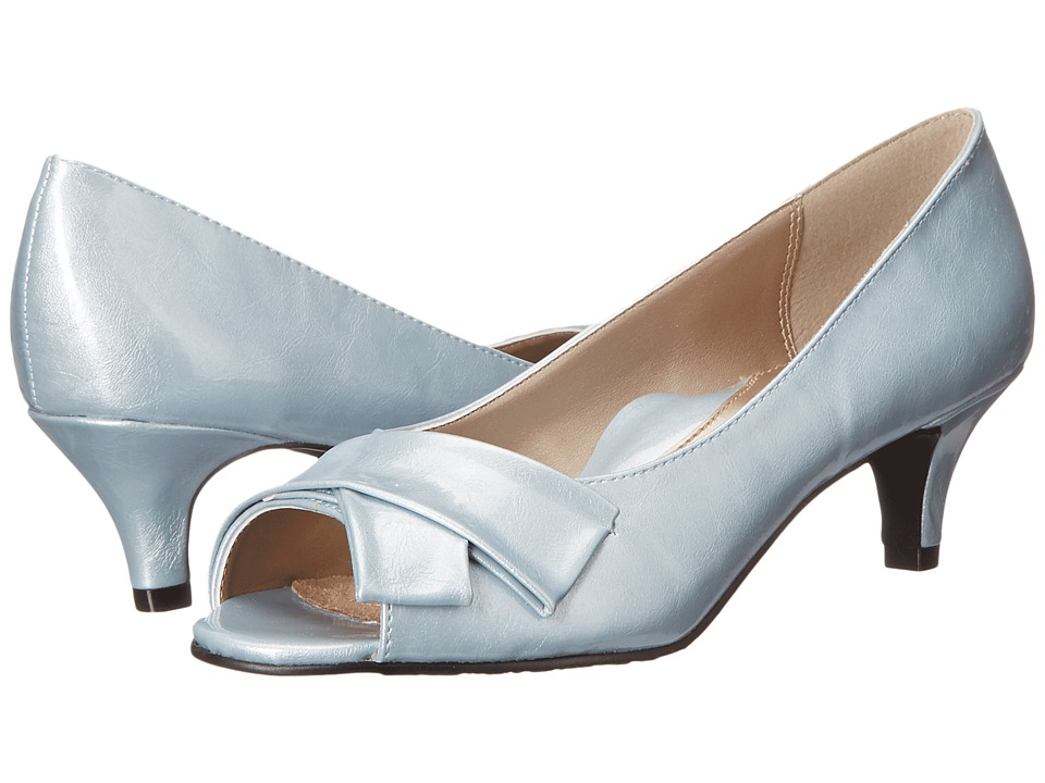 Soft Style - Aubrey (Blue Fog Pearlized Patent) Women's 1-2 inch heel Shoes