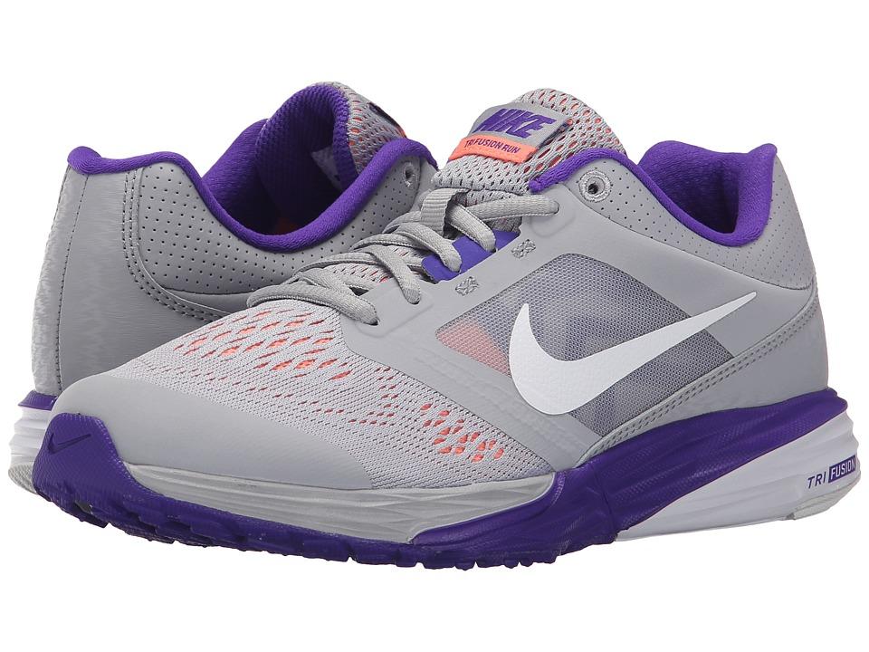Nike - Tri Fusion Run (Wolf Grey/Fierce Purple/Atomic Pink/White) Women's Running Shoes