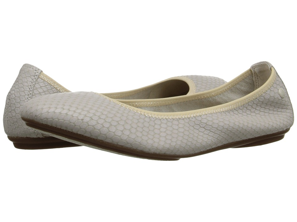 Hush Puppies Chaste Ballet (Off White Embossed Leather) Women