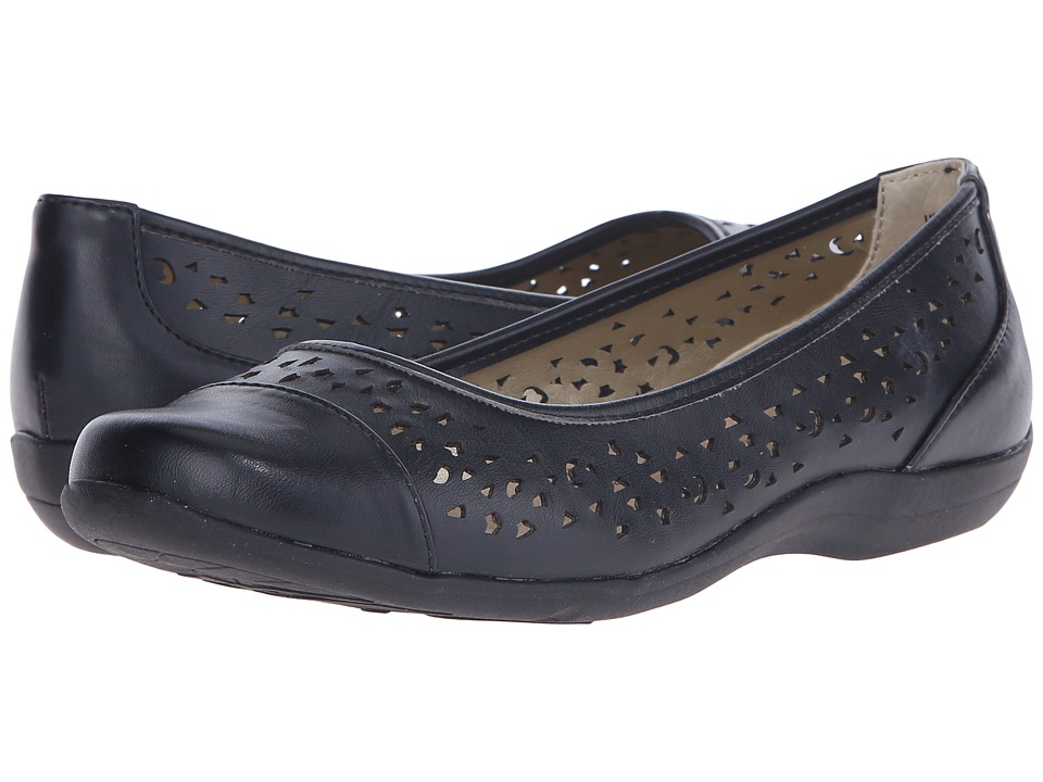 Soft Style - Hadie (Black Vitello) Women's Flat Shoes