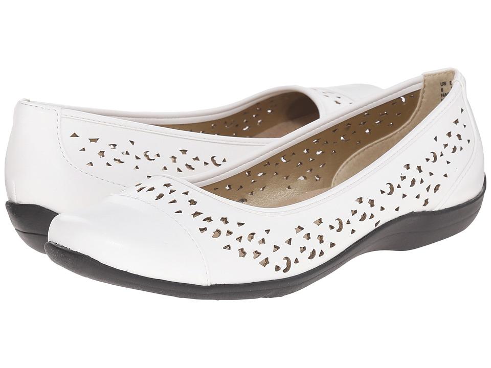 Soft Style - Hadie (White Vitello) Women's Flat Shoes