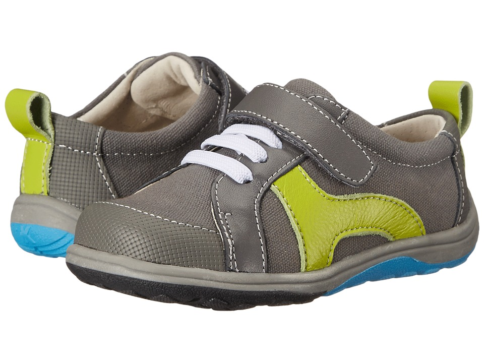 See Kai Run Kids - Strive (Toddler/Little Kid) (Gray) Boy's Shoes