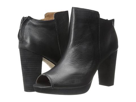 Corso Como - Edie (Black Leather) Women's Dress Zip Boots