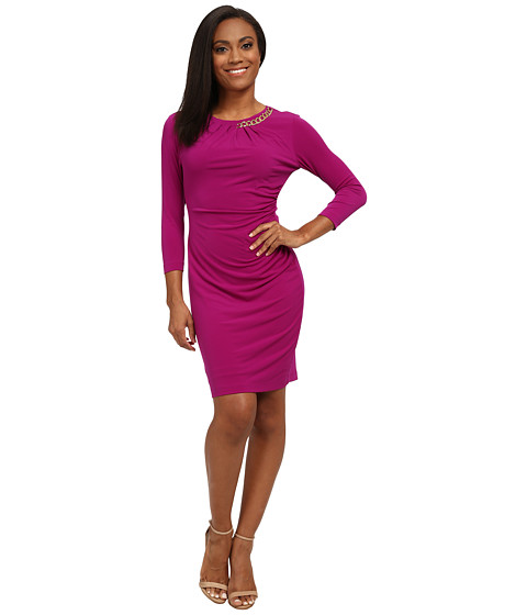 Tahari by ASL Petite - Petite Jersey Half Chain Side Rouch Dress (Currant) Women