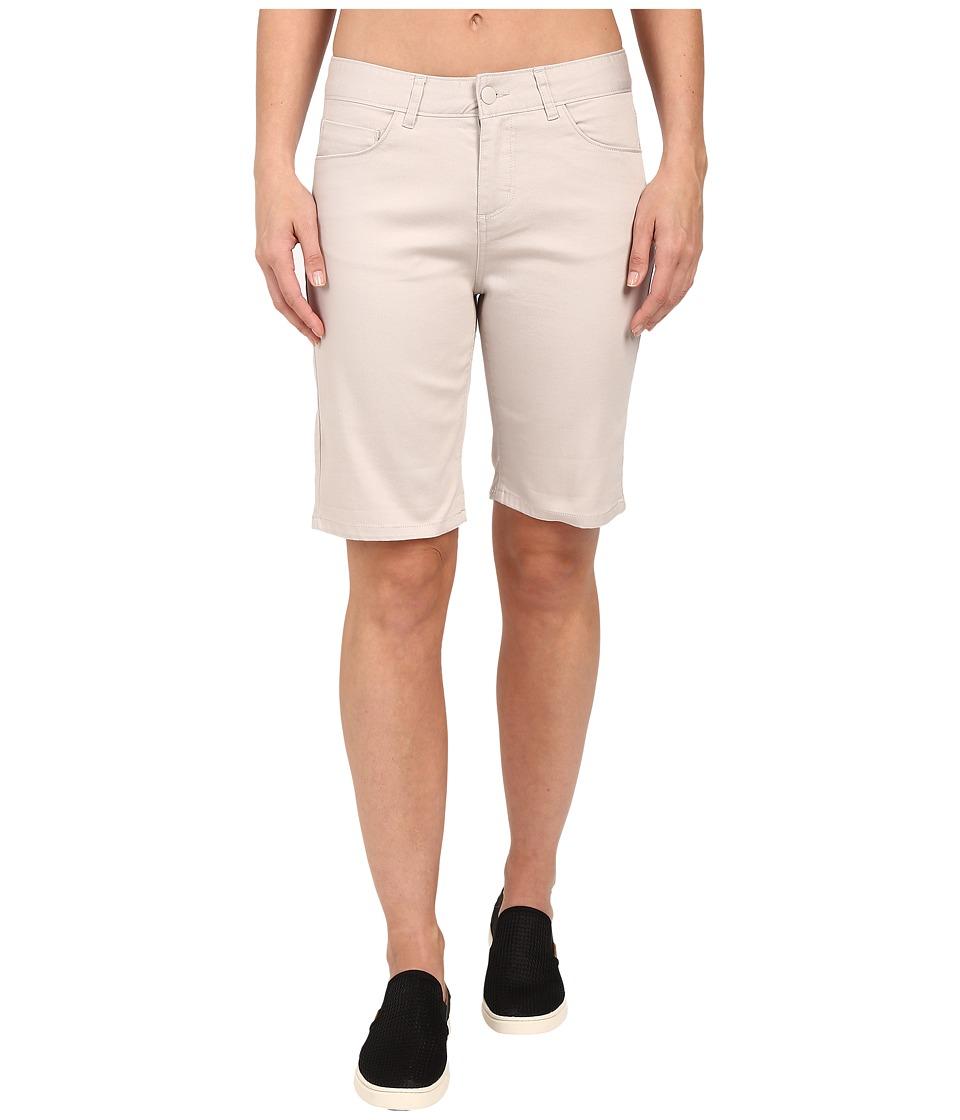 Woolrich - Standing Stone Denim Short (Silver Gray) Women's Shorts