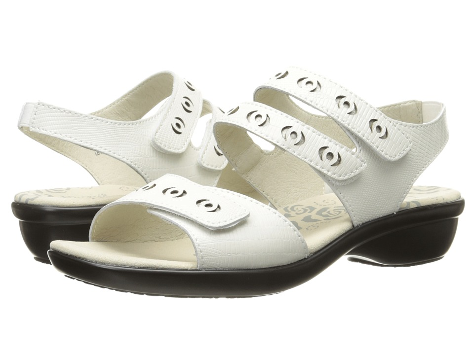 Propét Keeley (Ivory) Women's Shoes
