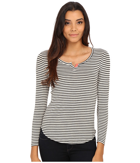 Pink Rose - Long Sleeve Henley Stripe Knit Top (Heather Charcoal/Cream/Rosebud) Women's T Shirt