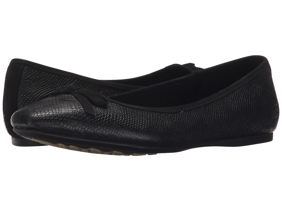 Born - Carri (Black Full Grain Leather) Women's Flat Shoes