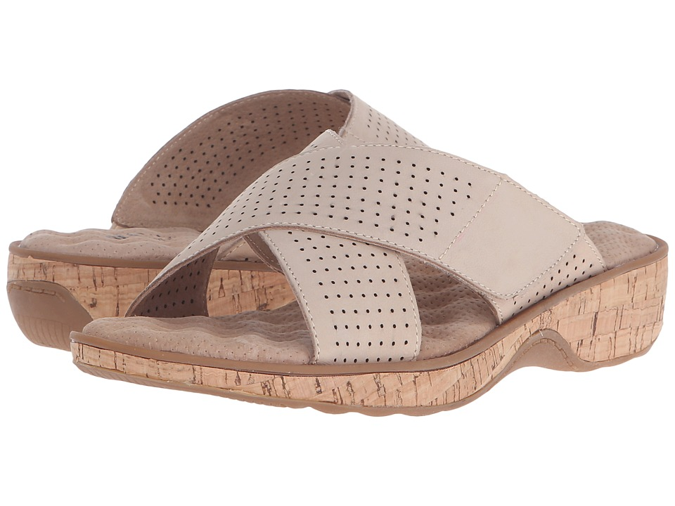 SoftWalk - Bozeman (Sand Nubuck Leather) Women