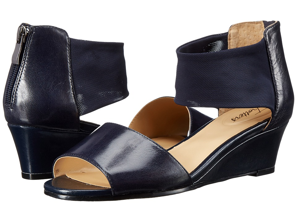 Trotters - Maddy (Navy Dress Kid Leather/Soft Mesh Stretch) Women