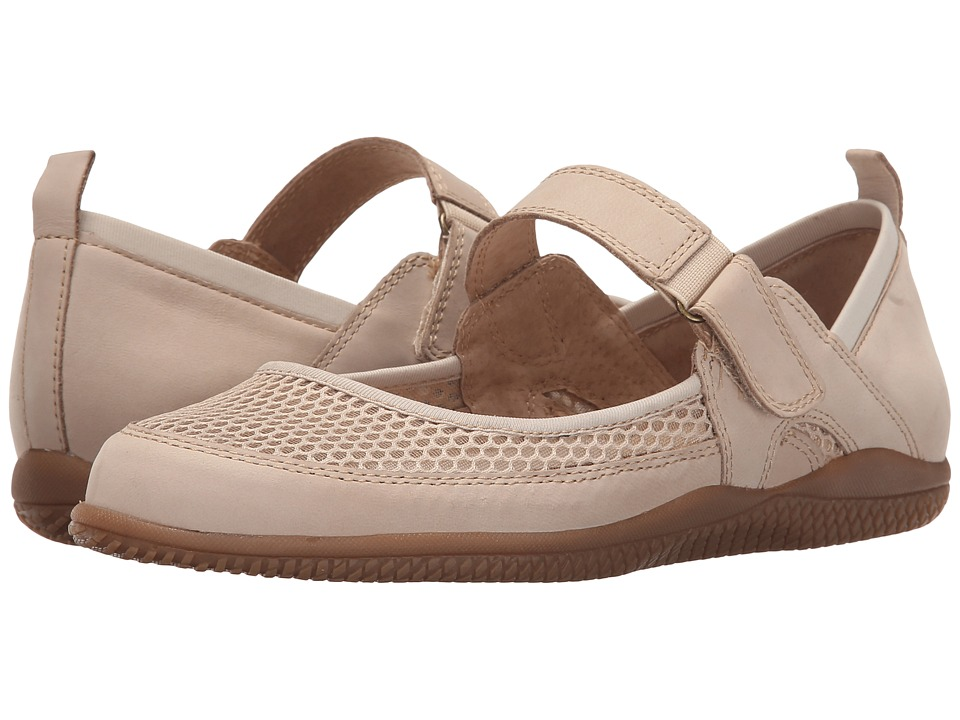 SoftWalk - Haddley (Sand Nubuck Leather/Soft Mesh Fabric) Women