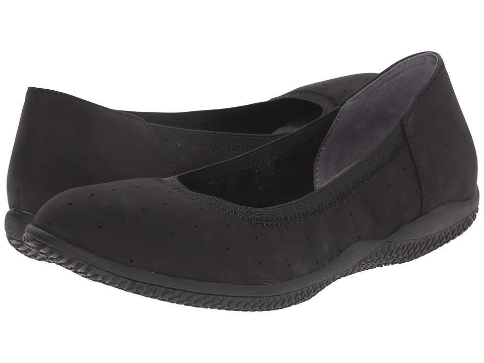 SoftWalk - Hampshire (Black Nubuck Leather) Women's Flat Shoes
