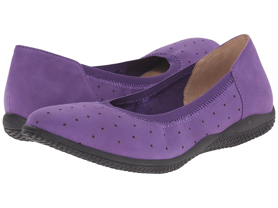 SoftWalk Hampshire (Electric Violet Nubuck Leather) Women