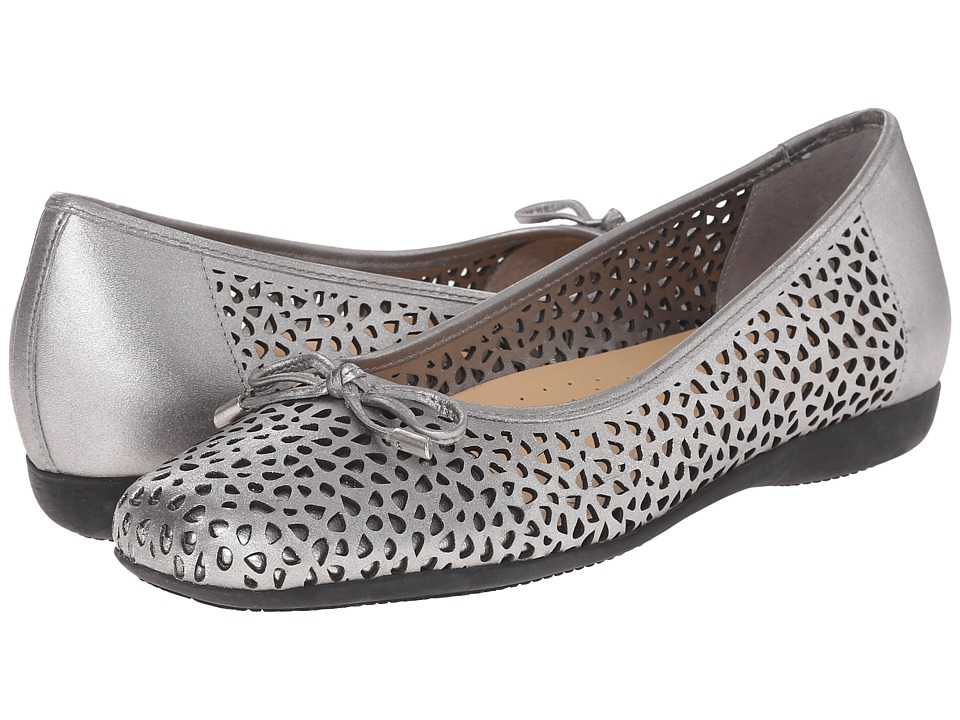 Trotters - Sante Laser (Pewter Vegetable Calf Leather Laser Cut) Women's Flat Shoes