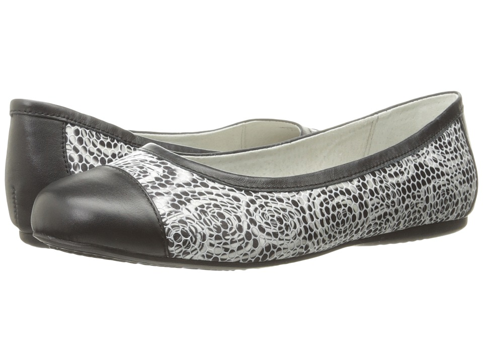 SoftWalk - Napa (Black Rose Fabric/Smooth Leather) Women's Flat Shoes