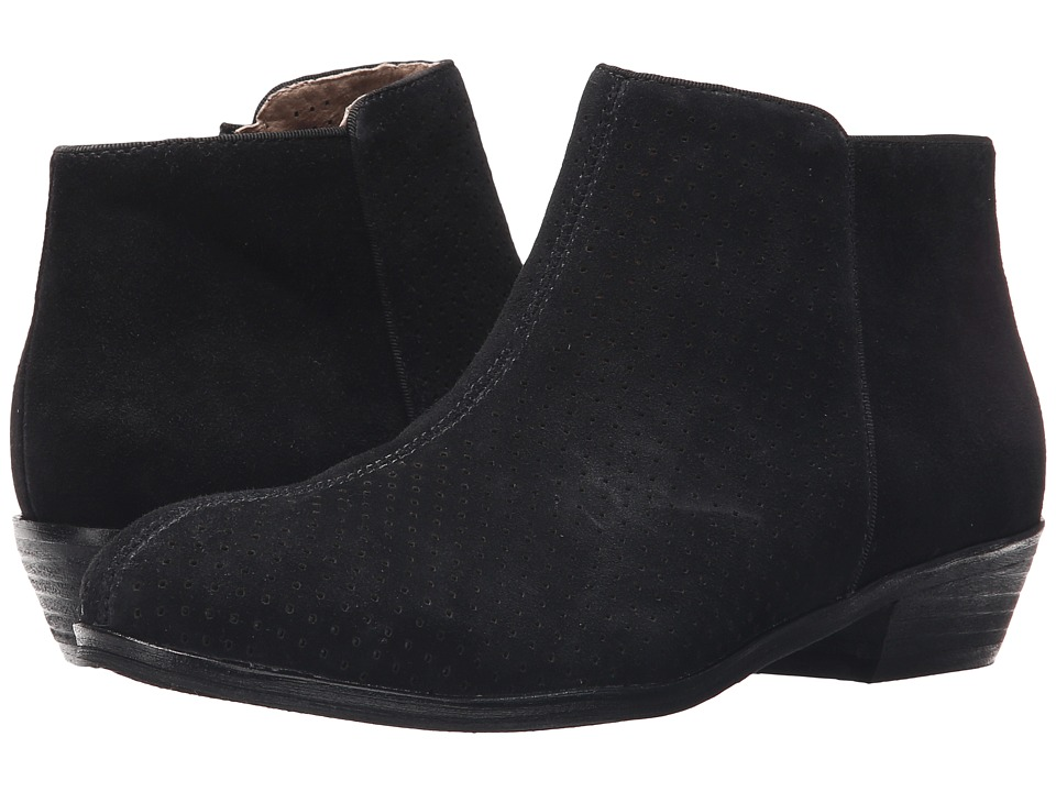 SoftWalk - Rocklin (Black Perf Suede) Women