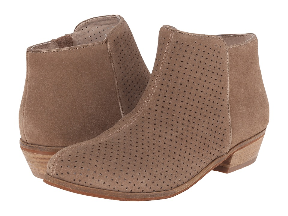 SoftWalk - Rocklin (Dark Nude Perf Suede) Women