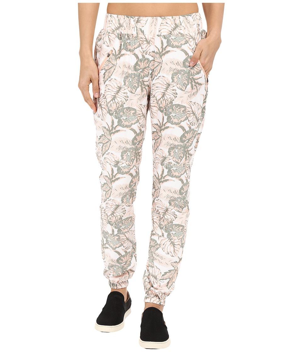 Merrell - Biolush Jogger Pants (Peach Nectar Print) Women's Casual Pants