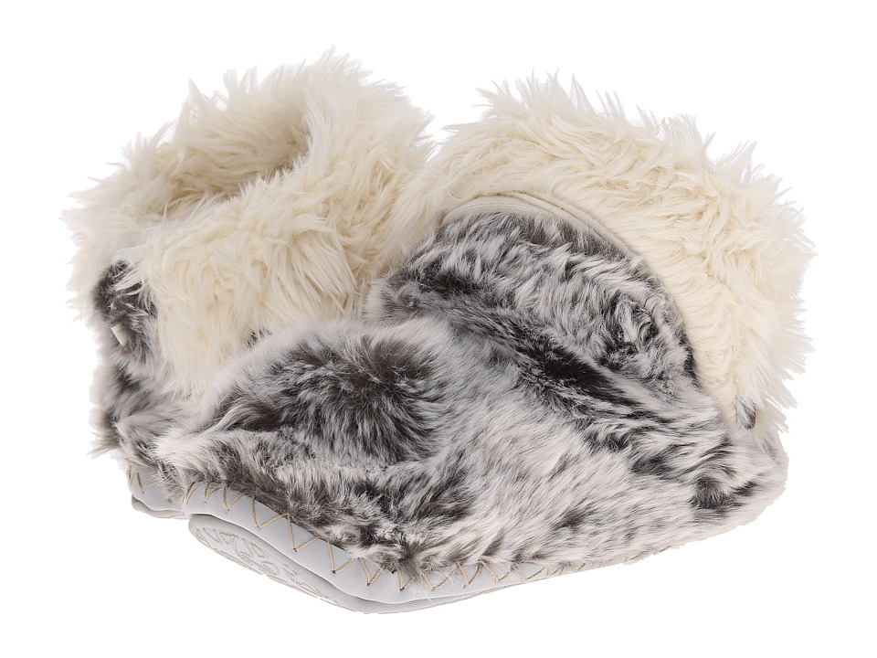Bedroom Athletics - Jesse (Husky) Women's Slippers